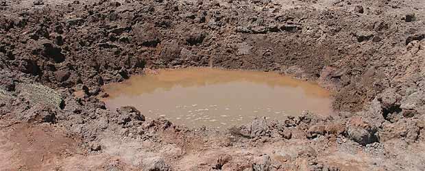 Cráter de 30 metros causado por un meteorito en Perú